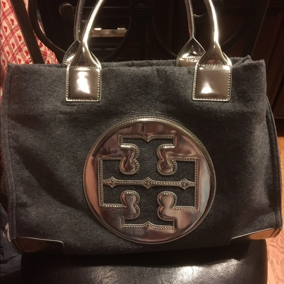 60a21748a2ba Tory Burch Ella Large flannel tote. Final  . M 5879a0d0291a35571501cbaa