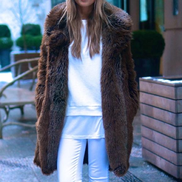 eb0e8fba Zara brown faux fur coat size small