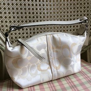 Coach Handbags - New COACH small optic purse Bag signature C Demi