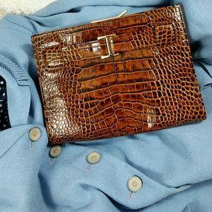 Abas Handbags - Abas clutch