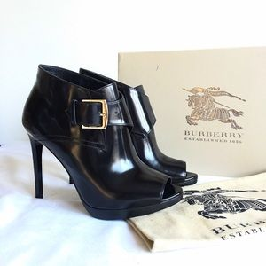 NIB Burberry Holtsmere Open Toe Ankle Booties 5.5
