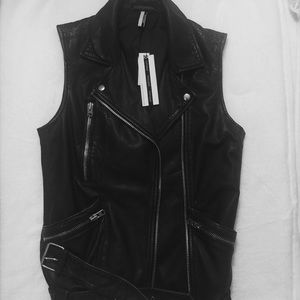 Topshop Jackets & Blazers - NWT🎉 TOPSHOP Leather Moro Vest