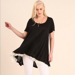 Umgee Tops - Black round neck Tunic with Hi Lo hem w lace trim