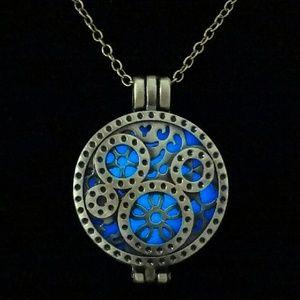 Jewelry - Steampunk Glow Necklace
