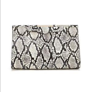 Rebecca Minkoff Handbags - Rebecca Minkoff Honey bunch clutch brand new