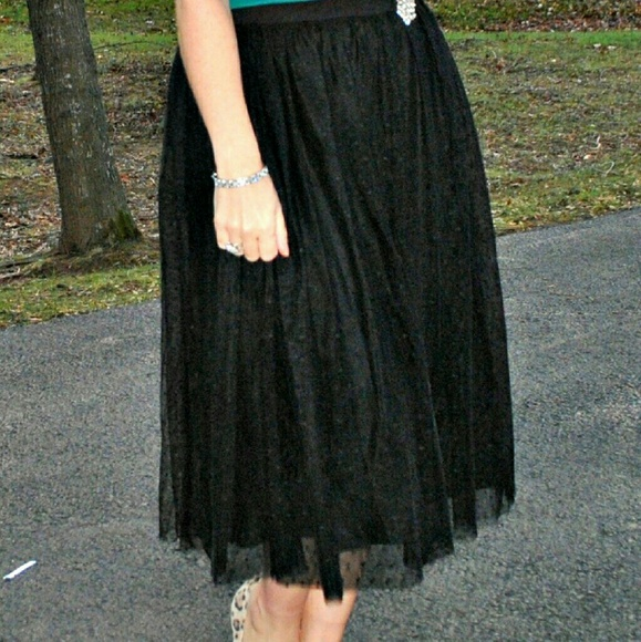 garnet hill Dresses & Skirts - Black Tulle Skirt