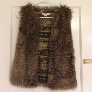 Mossimo Supply Co. Jackets & Blazers - Faux-fur vest
