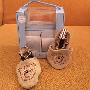 Robeez Other - Robeez soft sole baby shoe