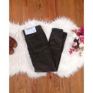 Urban Outfitters Denim - NWT BDG Corduroy Slim Boyfriend Jeans 🍂