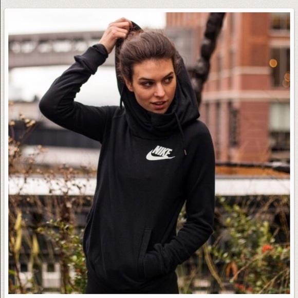 Nike Rally Funnel Neck Pullover Women's Sweatshirt NWT