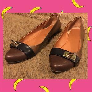 Givenchy Shoes - Givenchy Saturnian shark lock flats 6.5