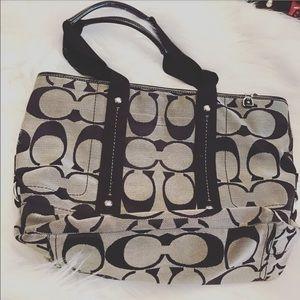Coach Handbags - Coach shoulder purse