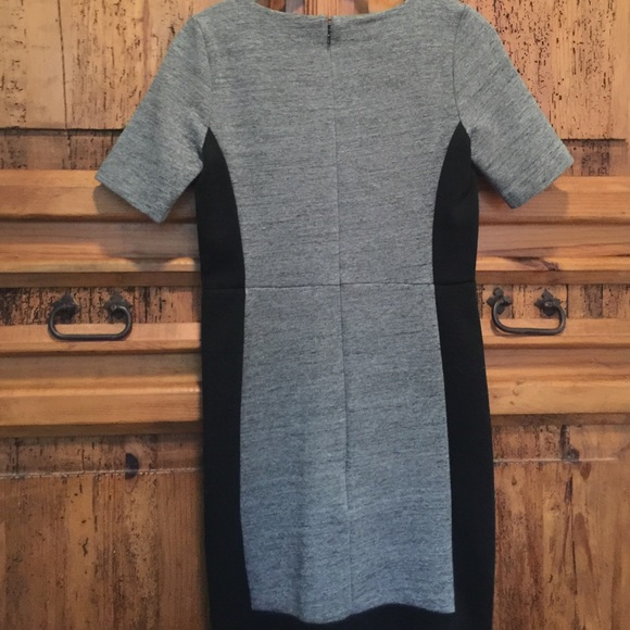 Paneled stretch dress in colorblock