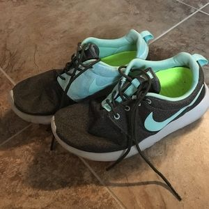 Nike blue and grey Roshe size 8