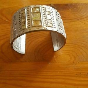 Jewelry - Vintage style bracelet