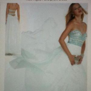 Alyce Paris Dresses & Skirts - New Alyce Paris prom dress