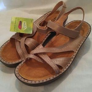 Naot 'Paris' Sandals Beige/Tan Shimmer Sz 41(10)