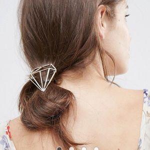 ASOS Accessories - Orelia Diamond Outline Hair Clip Barette by Asos