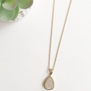 T&J Designs Jewelry - NWT Druzy Pendant Necklace