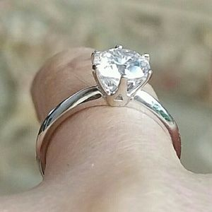 Jewelry - 14k Solid Real white gold 1ct Engagement ring