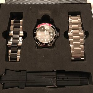 Croton Other - CROTON CA301144 STAINLESS STEEL WATCH WITH 2 bands