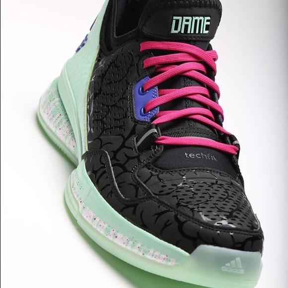 Adidas D Lillard 1