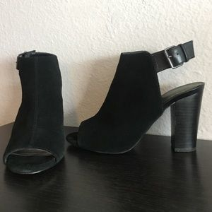 Tahari Shoes - Tahari black suede heels