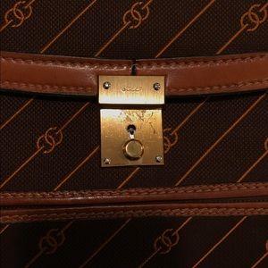 71ecc46f3e9 Gucci Bags - Vintage Gucci Brown  Tan Envelope Clutch - unique!