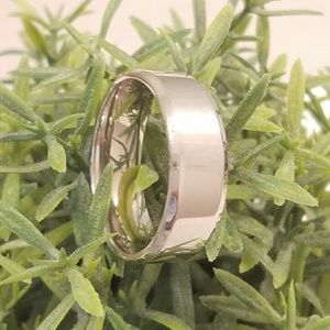 Shiny Silver Tungsten Ring Sz. 12 Spikes