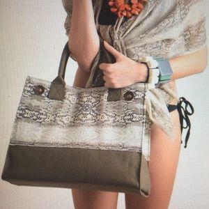 Ananda Design Handbags - HEAVY SMALL SNAKE PRINTmTOTE-ARMY-GREEN