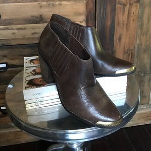 DV by Dolce Vita Size 10 Brown Booties - NWOT