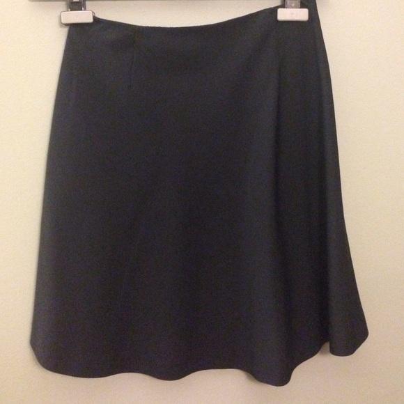 new product 7d8b8 52632 Giorgio Armani Le Collezioni Skirt