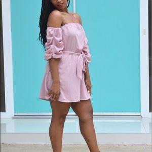 Dresses & Skirts - Off the shoulder blush dress