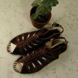 PIKOLINOS Shoes - Pikolinos gladiator sandals.