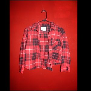 Adorable cropped flannel