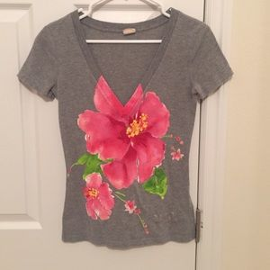 Tops - Hollister gray vneck with pink Hawaiian flower