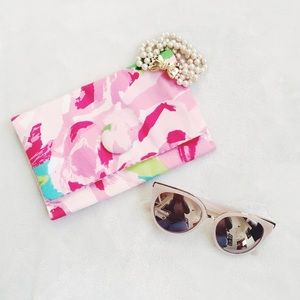 {lilly pulitzer} 🌿 first impressions clutch