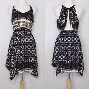 Urban Outfitters Dresses & Skirts - ❗️FINAL PRICE❗️ Ecoté (UO) Handkerchief Dress