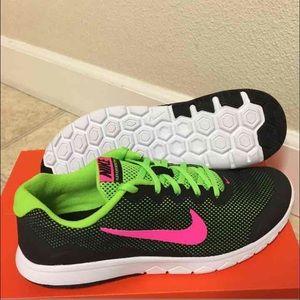 Nike Sko Størrelse 11 Kvinner Ue0zOCHpf