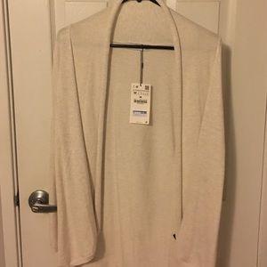 Adorable NWT Zara open sweater
