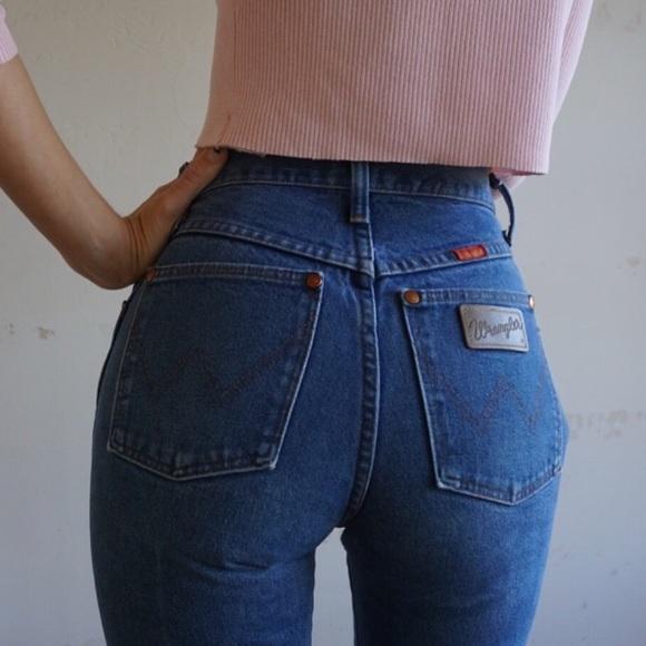 1aea52f1 Vintage 90's Levi wrangler mom jeans 👖. M_5886ee92522b456b5517b5ce