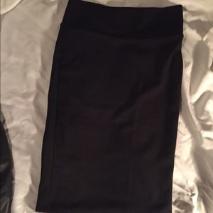 Black pencil skirt small