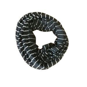 NEW Merona Black White Stripe Infinity Scarf N