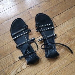 2Chillies Shoes - Roxy black sandals. Gladiator. Studs