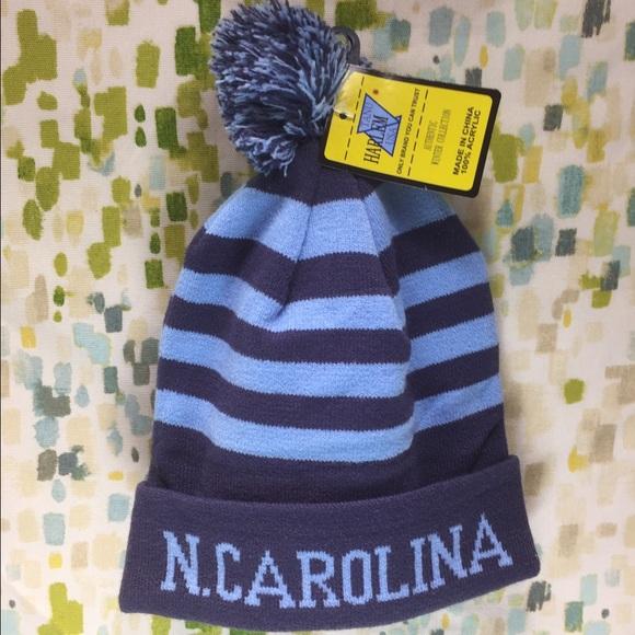 North Carolina Beanie Unisex. M 587aea1cb4188e46d804fdda 6dda8101b94