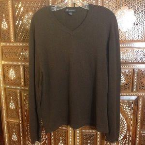 Men's cashmere/cotton v-neck pullover