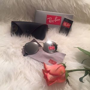 Ray-Ban Accessories - Ray-Ban Light/Gray Round Sunglasses 😎