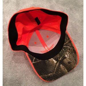 Reebok Accessories - NWOT Reebok Orange and Camo Cowboys Cap ab22495c7