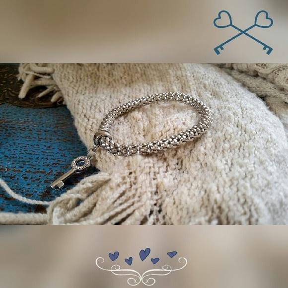 Jewelry - Silver Key Bracelet
