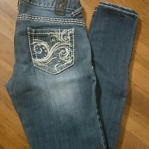 Vanity Denim - NWOT Vanity premium collection bling skiny jeans